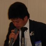 8 サッカー大会の議案を説明絵する辰野副会長